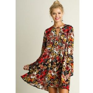 Umgee Floral Bell Sleeve Flowy Dress Size Large